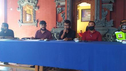Pemerintah Desa Kayuputih Salurkan BLT Dana Desa Tahap I Tahun 2020